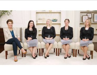 dressingyourtruth_staff